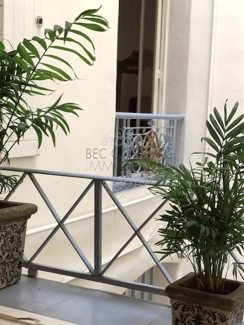 vue Cuisine sur cage escalier