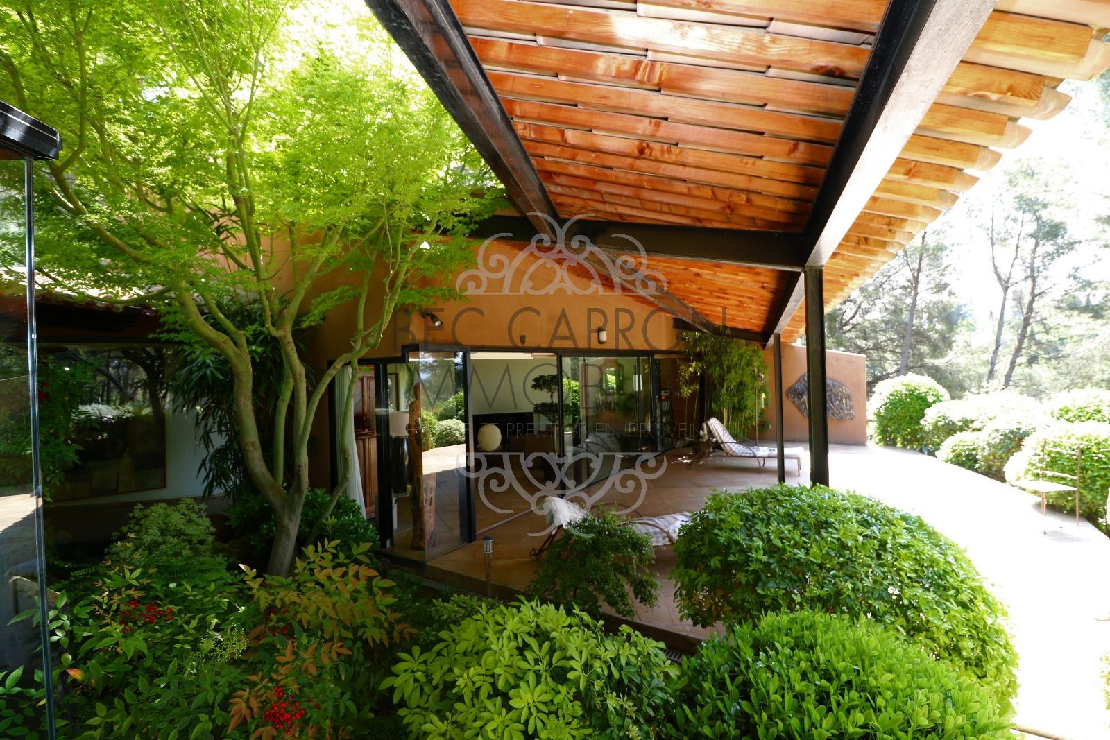 large terrasse