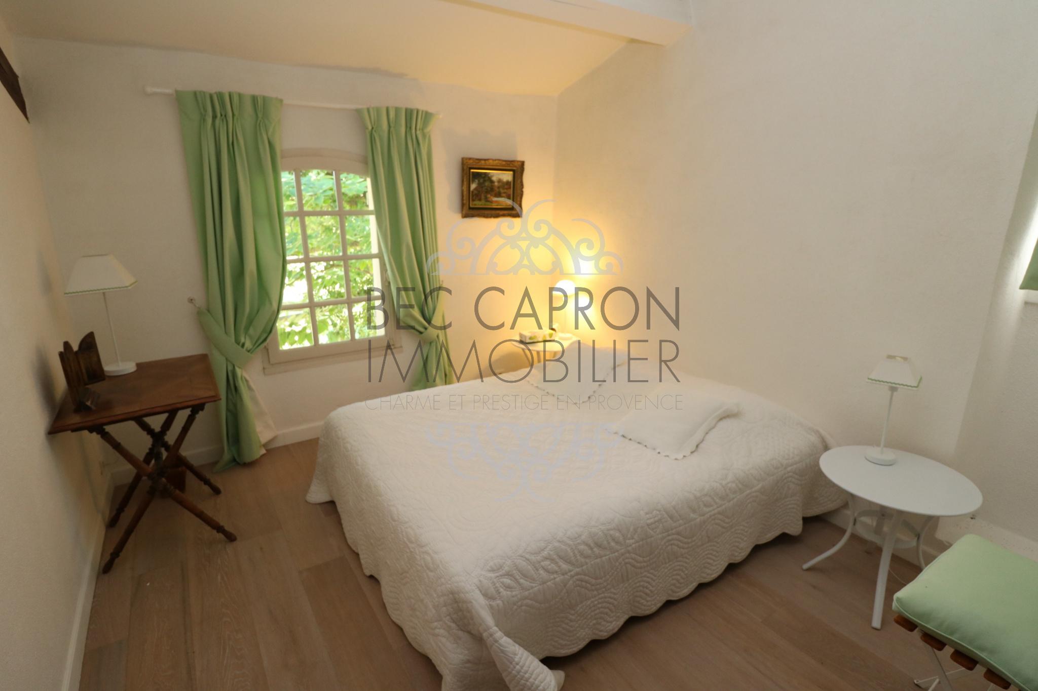 Chambre avec parquet chauffage au sol